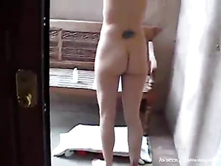 Lesbo gal stuffs wet crack of her girlfriend by large ding-dong