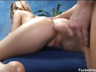 Sexy 18 year old acquires drilled hard by her massage therapist