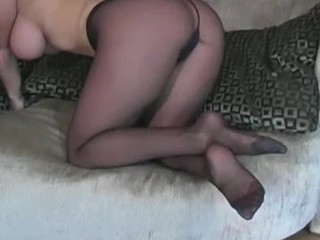 Visious nympho stretches legs in tights to boast of her love tunnel